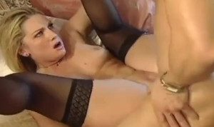Milf in Hot Bareback Satisfaction Fuck With Younger Stud