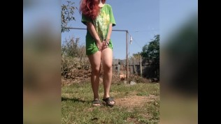Thick teen redhead Pee desperation and pissing outside