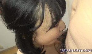 Chubby Japanese amateur teen is built for sex